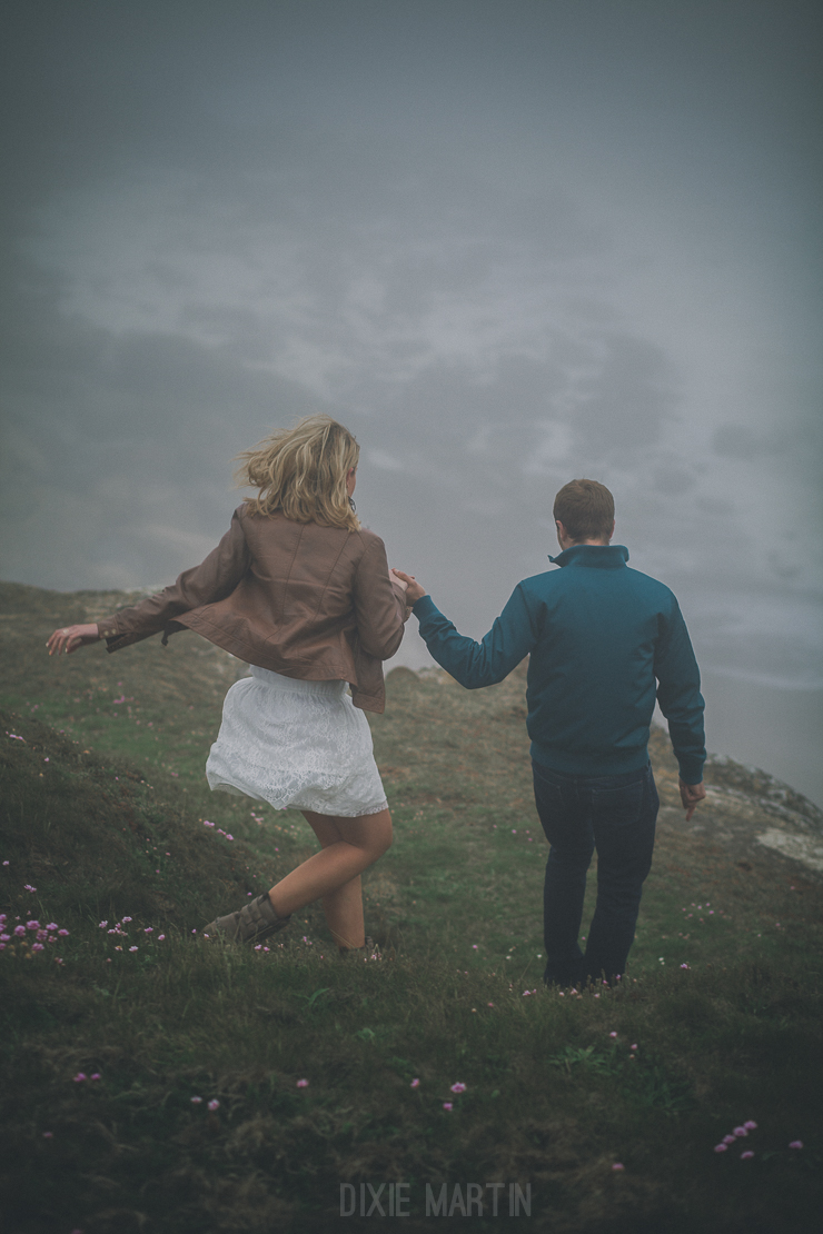 Dixie Martin Photography, Séance Engagement, Engagement Session, Engagement Session France, France, Beach, Plage, Nord-pas-de-Calais, Côte d'Opale, Cap Gris Nez, Foggy, brumeux, cliffs, falaises, photographe mariage